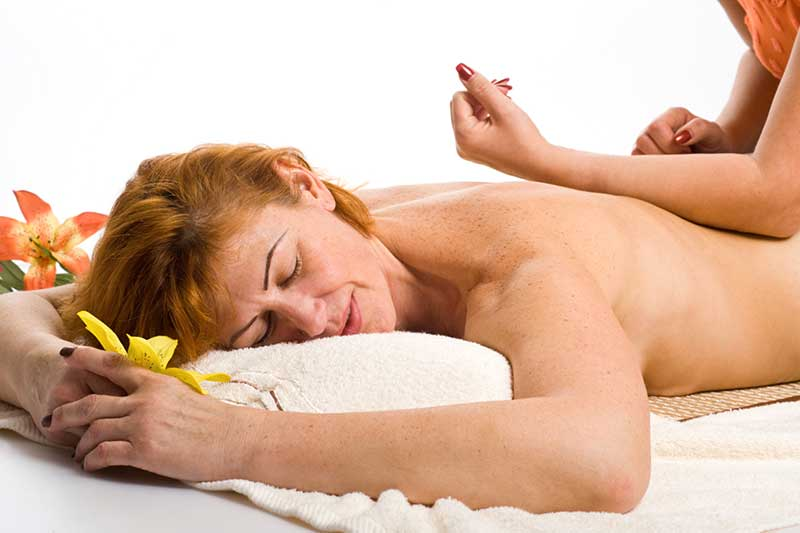 PZM-Wellness-Lomi-Lomi_Massage